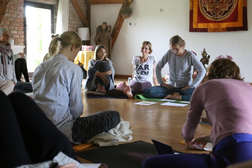 """Bettina Homann """"Einführung in die Yogaphilosophie"""