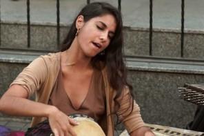 #Music – LIGHT IN BABYLON – Hinech Yafa – Istanbul – Video