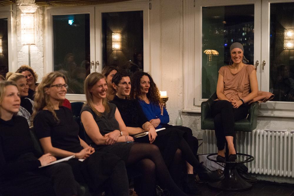 v.l.: Jessica Calaminus, Cristina Arau, Raphaela Cochet, Marén Balkow, Ilhem, Yasmine