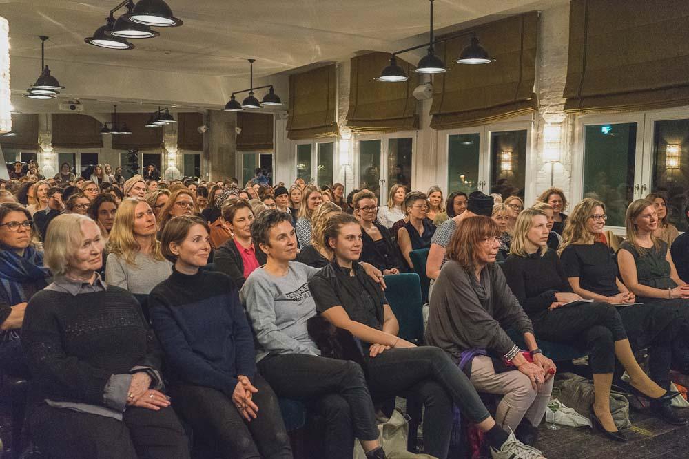 Im Publikum: Joana Breidenbach, Margret Rasfeld