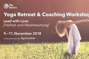 The Lovers Academy: 09.-11.11.2018 — Lead with Love – Yoga Retreat & Coaching Workshop #9, Taubenblau